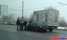 Accident Clio si Camioneta pe Mihai Bravu